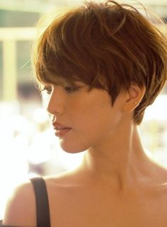 ☆ Adult French Mash Short ☆ (Coiffure Cheveux courts) – Hair – - MY World Short Hair With Bangs, Short Hair Cuts For Women, Hairstyles With Bangs, Pretty Hairstyles, Short Hair Styles, Short Layered Haircuts, Short Haircut, Pixie Haircut, Haircut 2017