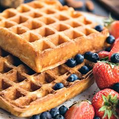Waffle recipe for an electric waffle iron, make crunch dough .- Waffle recipe for an electric waffle iron, make dough for crispy thin waffles, how to make classic in an electric waffle iron Waffle Recipes, Cake Recipes, Dessert Recipes, Delicious Desserts, Yummy Food, Belgian Waffles, Sweet Pastries, Muffins, Russian Recipes