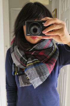 Susie So So: Oh No! Not Another Scarf Tutorial!