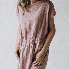 """113 kedvelés, 1 hozzászólás – SEASIDE TONES • Australia (@seasidetones_aus) Instagram-hozzászólása: """"Linen dress #maxidress #dustypink #dustypinkdress #seasidetones #australia #shopnline #fairfashion…"""""""