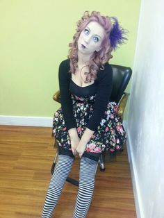 Scary porcelain doll Costume