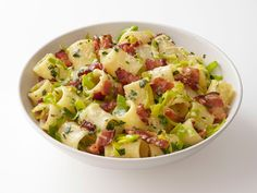 Pasta with Bacon and Leeks Recipe : Food Network Kitchens : Food Network - FoodNetwork.com