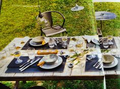 Country rustic dinning table