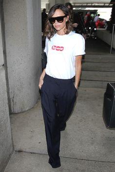 Виктория Бекхэм в футболке Supreme в Лос-Анджелесе