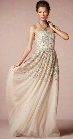 Gorgeous gown http://rstyle.me/n/hb65vnyg6