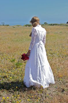 Vintage White Gunne Sax Lace Wedding Dress Pearl by FallowFlower, $180.00