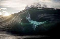 Photographer Transforms Ocean Waves Into Glorious Mountains