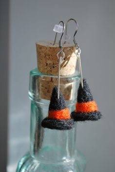 Needle felted witch hat earrings with orange band.   Get into the holiday spirit with these spooky earrings! Band color can be customized  https://www.etsy.com/shop/ArtByBarks