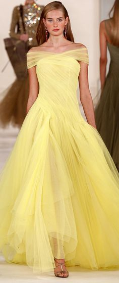 Ralph Lauren New York Fashion Week Spring 2015 Runway Vestidos Red Carpet, Beautiful Gowns, Beautiful Outfits, Elegante Jumpsuits, Traje Black Tie, Harry Potter Dress, Glamour Moda, Vestidos Fashion, Fashion Dresses
