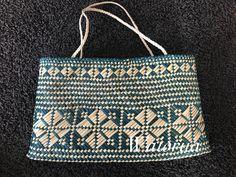 Papakirango Polynesian Designs, Maori Designs, Basket Weaving Patterns, Flax Weaving, Weaving Designs, Maori Art, Beading Tutorials, Surface Pattern, Kite