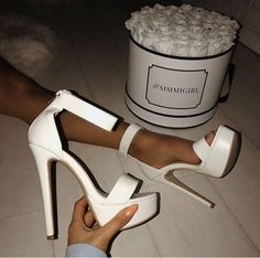 Uploaded by Athina Siamou. Find images and videos about shoes, heels and high heels on We Heart It - the app to get lost in what you love. Fancy Shoes, Pretty Shoes, Me Too Shoes, Formal Shoes, High Heels Boots, Heeled Boots, Shoes Heels, White High Heels, Street Style Photography