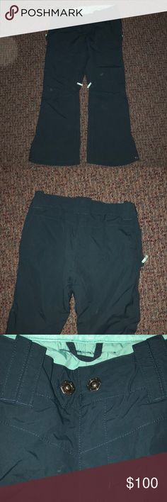 North Face Ski Pants Blue and turquoise color. Really good condition The North Face Pants