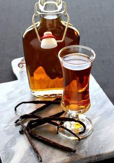 Best Amaretto Syrup Or Amaretto Liquor Recipe on Pinterest