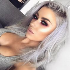 Obsessed rose gold hair colors & highlights for women in 2018 00029 Gold Hair Colors, Hair Color Purple, Hair Color For Black Hair, Grey Hair, White Hair, Rose Gold Hair, Silver Hair, Platinum Hair Color, Concealer