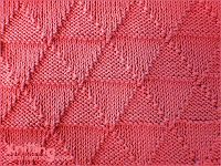 Isosceles triangle knitting pattern. Using knit and purl stitch combinations. Reversible pattern looks identical on both sides.