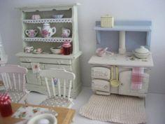 Miniatur Puppenmöbel