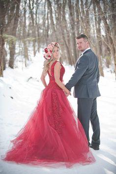 Vestido de novia en color rojo
