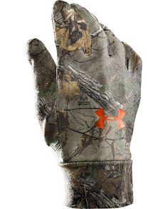 Under Armour Men's Camo HeatGear Liner Glove  http://www.countryoutfitter.com/products/47836-mens-camo-heatgear-liner-glove