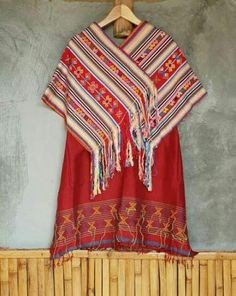 Trendy how to wear cute outfits casual striped shirts ideas Batik Kebaya, Kebaya Dress, Blouse Batik, Batik Dress, Ethnic Outfits, Casual Outfits, Cute Outfits, Batik Fashion, Tribal Fashion