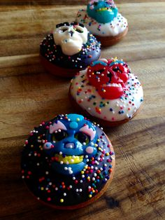 Feliz Dia de los Muertos ~ The Mexican tradition celebrates the dead and welcomes their return to the land of the living... Celebrate the day of the dead with Mini donuts!!