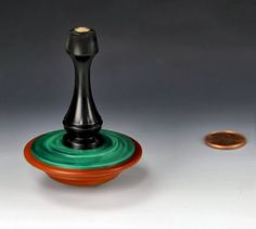 Spinning top by yoyospin.com