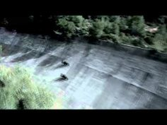 ▶ The Espargaró brothers presents the New Yamaha MT-07 - YouTube