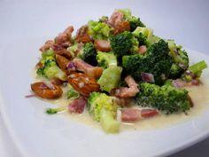 Primal - & LowCarb - Grillbeilage !  Brokkolisalat mit Speck und Mandeln -Grillbeilage-   fettich.de - low carb, paleo!