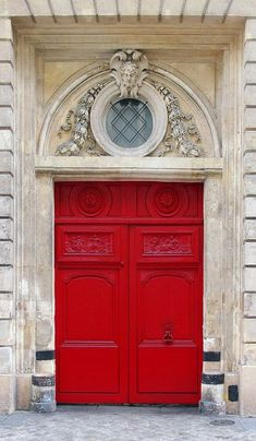 ♅ Detailed Doors to Drool Over ♅ art photographs of door knockers, hardware & portals - Paris, France - red doors Cool Doors, Unique Doors, Door Knockers, Door Knobs, Porte Cochere, Windows And Doors, Red Doors, When One Door Closes, Door Gate