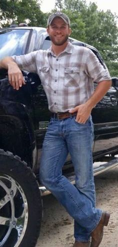 No one under 18 is allowed. These are just pics of country boys that get me going. Men only! Country Man, Cute Country Boys, Country Life, Scruffy Men, Hairy Men, Bearded Men, Handsome Guys, Hot Cowboys, Cowboy Up