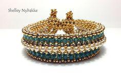 Rolling in the Beads Bracelet Tutorial pdf by SturdyGirlDesigns