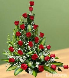 Flores. Los negocios de venta de arreglos florales se abarrotan en el Día de la Madre, los precios suben y las ventas se aceleran.