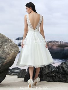 Lanting Bride® A-line Wedding Dress Little White Dresses Knee-length Jewel Organza with Appliques 2017 - £90.19