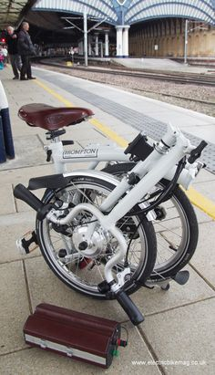 Bespoke E-Bikes Brompton electric bike image copyright Peter Eland/Electric Bike Magazine