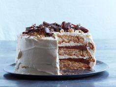 Hazelnut-Mocha Dacquoise recipe from Food Network Kitchen Dacquoise Recipe, Hazelnut Cake, Hazelnut Meringue, Cupcakes, Cupcake Cakes, Food Network Recipes, Food Processor Recipes, Cake Recipes, Gastronomia