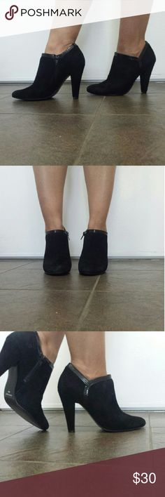 Nine west booties size 6 Nine west black leather booties. Great for any occasion Nine West Shoes Ankle Boots & Booties