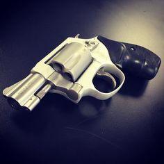 Smith &Wesson wheel gun #2nd #becauseguns #gunchannels #pewpew #aegistactical @aegistactical @guns_gear_knives #smithandwesson #wheelgun