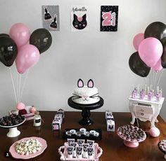 Cat Birthday, Birthday Cake Girls, 1st Birthday Parties, Birthday Celebration, Kitty Party, Fiesta Party, Birthday Party Decorations, First Birthdays, Party Time