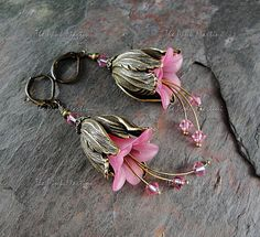 Hey, I found this really awesome Etsy listing at http://www.etsy.com/listing/60931218/pink-flower-earrings-pink-tulip-earrings