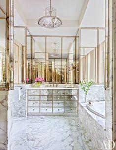 Modern Bathroom by Solís Betancourt & Sherrill in Washington, DC Architectural Digest, Bathroom Interior, Modern Bathroom, Gold Bathroom, Small Bathroom, Bathroom Towels, Bathroom Ideas, Turquoise Bathroom, Colorful Bathroom