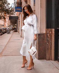 Gently used designer maternity brands you love at up to - Shop. Gently used designer maternity brands you love at up to off retail! Stylish Maternity, Maternity Wear, Maternity Fashion, Maternity Dresses, Stylish Pregnancy, Moda Chic, Pregnancy Outfits, Pregnancy Style, Pregnancy Fashion