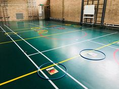 Woorden hakken en plakken Spelling, Circuit, Basketball Court, Gym, Teaching, Education, School, Learning, Training