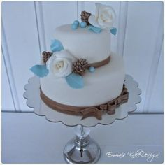 Emmas KakeDesign: Head to the blog for a step-by-step tutorial on how to make this beautiful winter wedding cake. Instagram @emmaskakedesign Diy Step By Step, Fondant Rose, Winter Weddings, Cake Tutorial, Big Day, Wedding Cakes, Sweets, Tutorials, Snacks