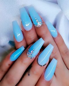 blue nails with glitter