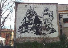 L'industrializzazione globale....#streetart #Pigneto #Roma #m-city M-city, artista polacco cresciuto guardando il grigio industriale dalla finestra di casa, usa la bicromia bianco-nero e lo stencil per mettere a nudo l'indistrializzazione globale...