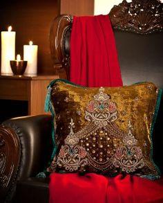 Mamta Dewan-Decorative cushions-BIW00000295