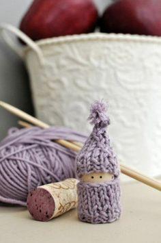 jolie figurine de bouchon liège pour ceux qui savent faire du crochet