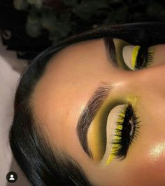 04b9f7a801ccb Makeup ideas    Maquiagem profissional  besteyemakeup