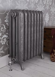 The four column Ribbon cast iron radiator is available to purchase from UKAA today. The cast iron radiator can be painted in your chosen style. Victorian Radiators, Traditional Radiators, Cast Iron Radiators, Best Radiators, Home Radiators, Column Radiators, Radiator Cover, Architectural Antiques, Houses
