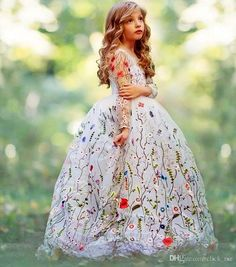 Ball Gown Girls Pageant Dresses Embroidery Flowers Sheer Long Sleeves Flower Girl Dresses For Wedding Children Handmade Kids Party Dress