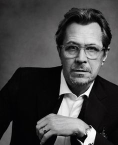 Gary Oldman,one of my fave actors & looking really fine!
